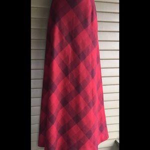 Eddie Bauer Maxi A Line Skirt 72% Wool Size 10